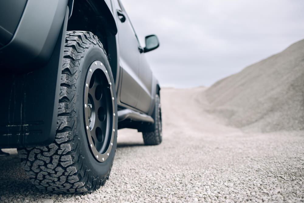 Durée de vie des pneumatiques de voiture, combien de temps ?