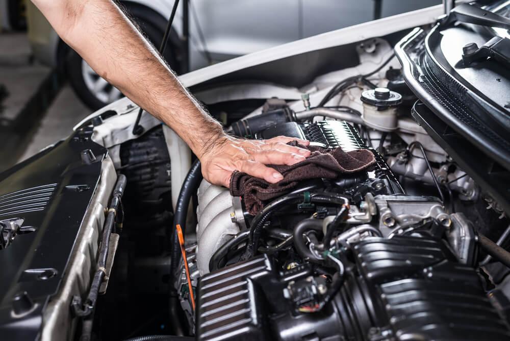 Penser à faire l'entretien de son véhicule avant les vacances d'été